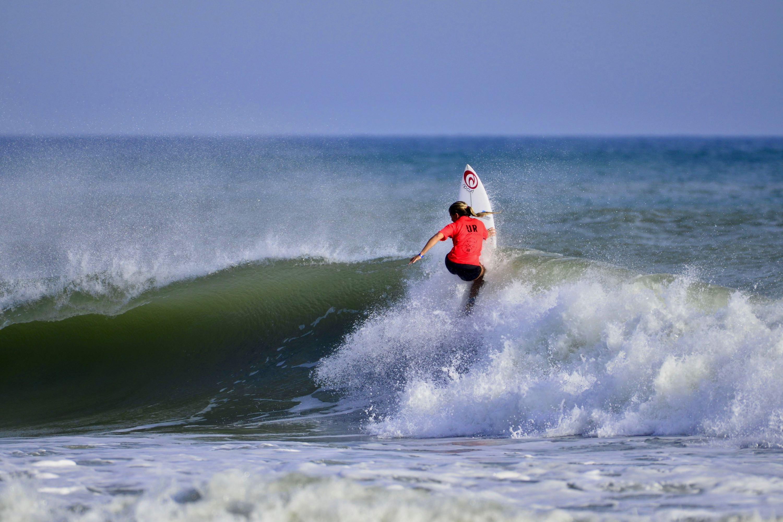 Surfer 2605
