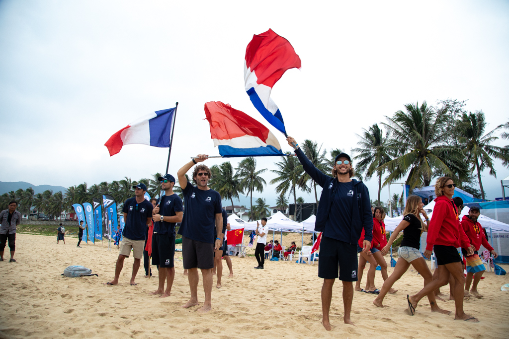 FRA TEAM FLAGS DAY ONE JIMENEZ