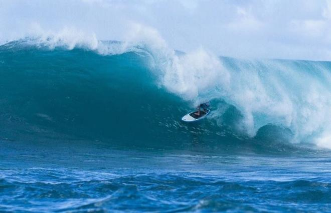 Hawaii lance le World Tour de Sup surf